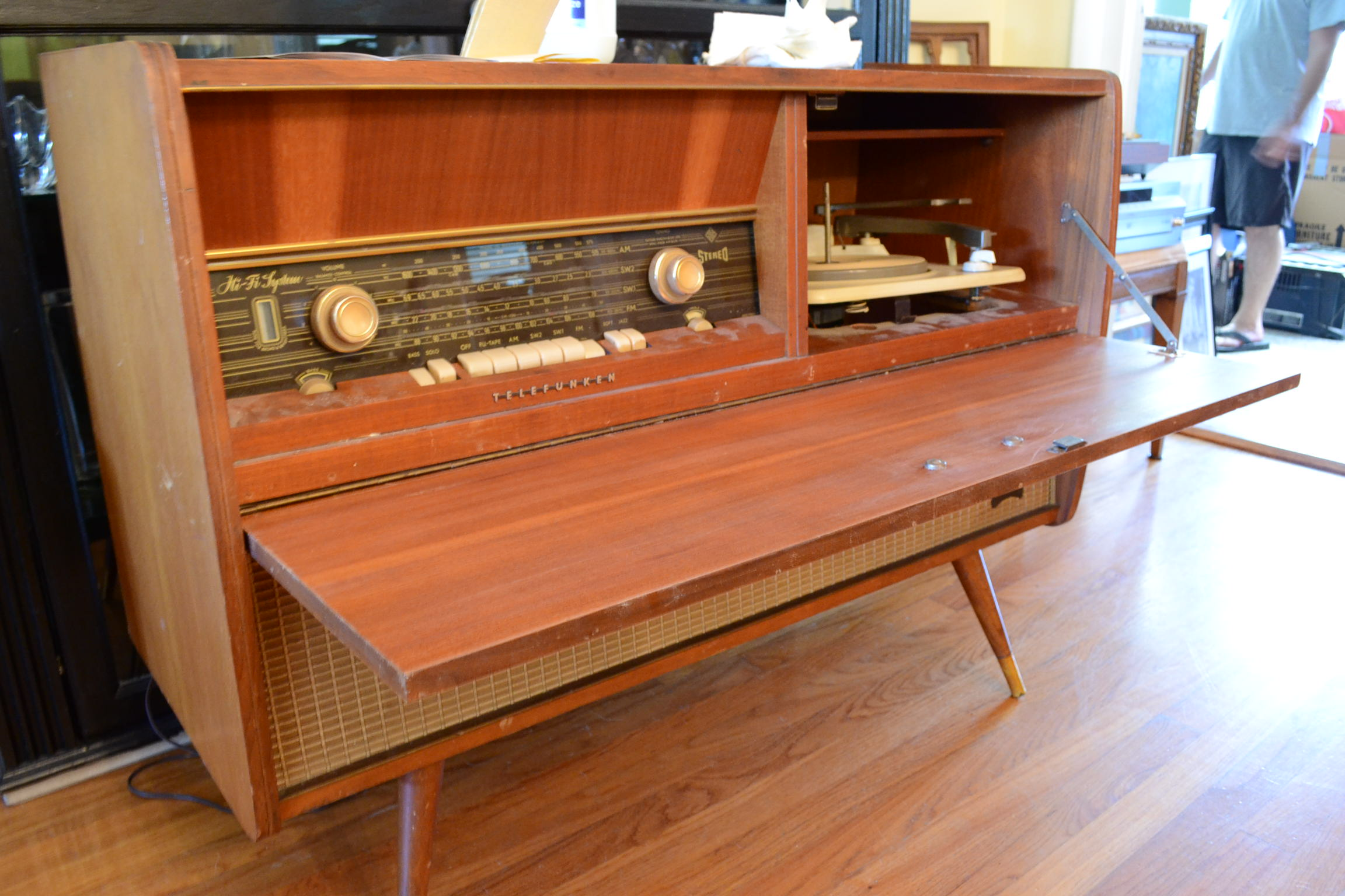 Old Radio Model further Restore An Old Stereo Console Diy as well  together with 251638697900414527 moreover Decoracion De Alcobas Para Ninos I85a7yeb8. on telefunken console radio record player